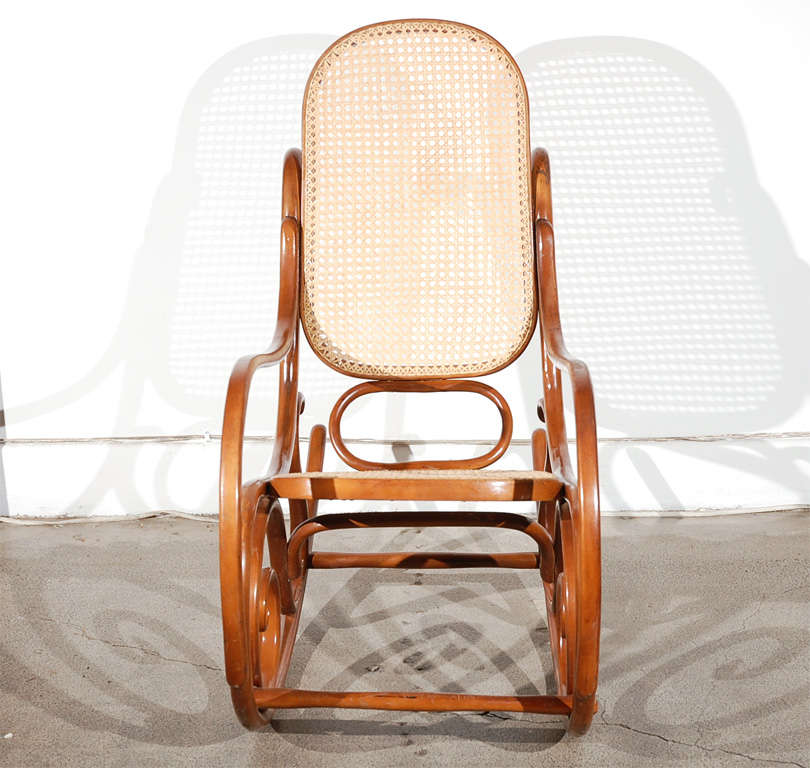 pair of thonet bentwood rocking chairs at 1stdibs