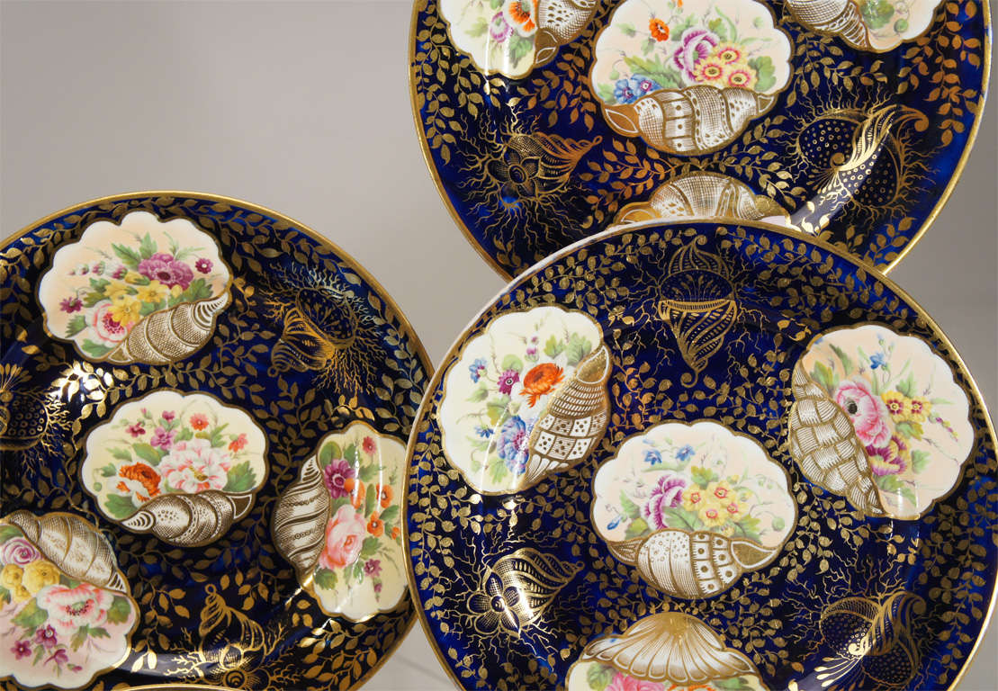 English Early 19th c. Minton Hand Painted Dessert Service w/ Shells For Sale