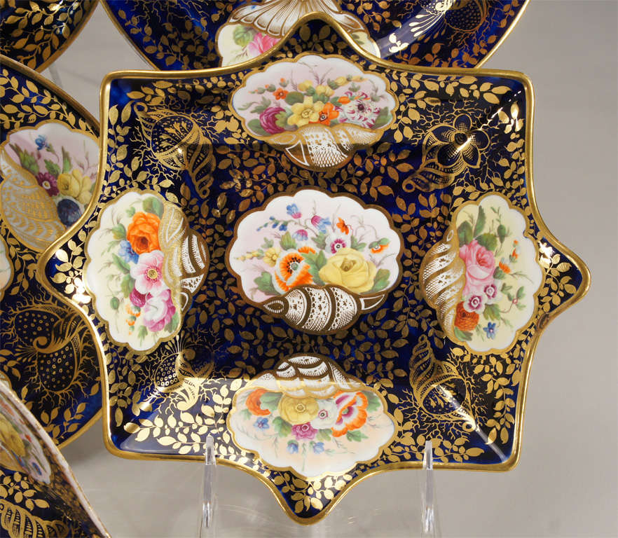 Early 19th c. Minton Hand Painted Dessert Service w/ Shells In Excellent Condition For Sale In Great Barrington, MA
