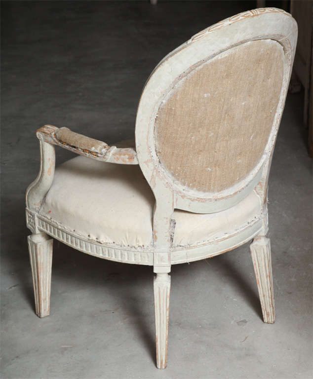 Set of Four Italian Oval Back Fauteuils with Original Paint In Good Condition For Sale In Washington, DC