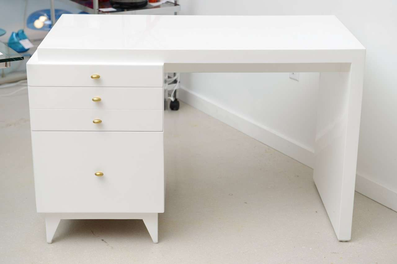 Vintage Mid Century Modern White Lacquer Desk With Four Drawers Compact In Scale And Clic