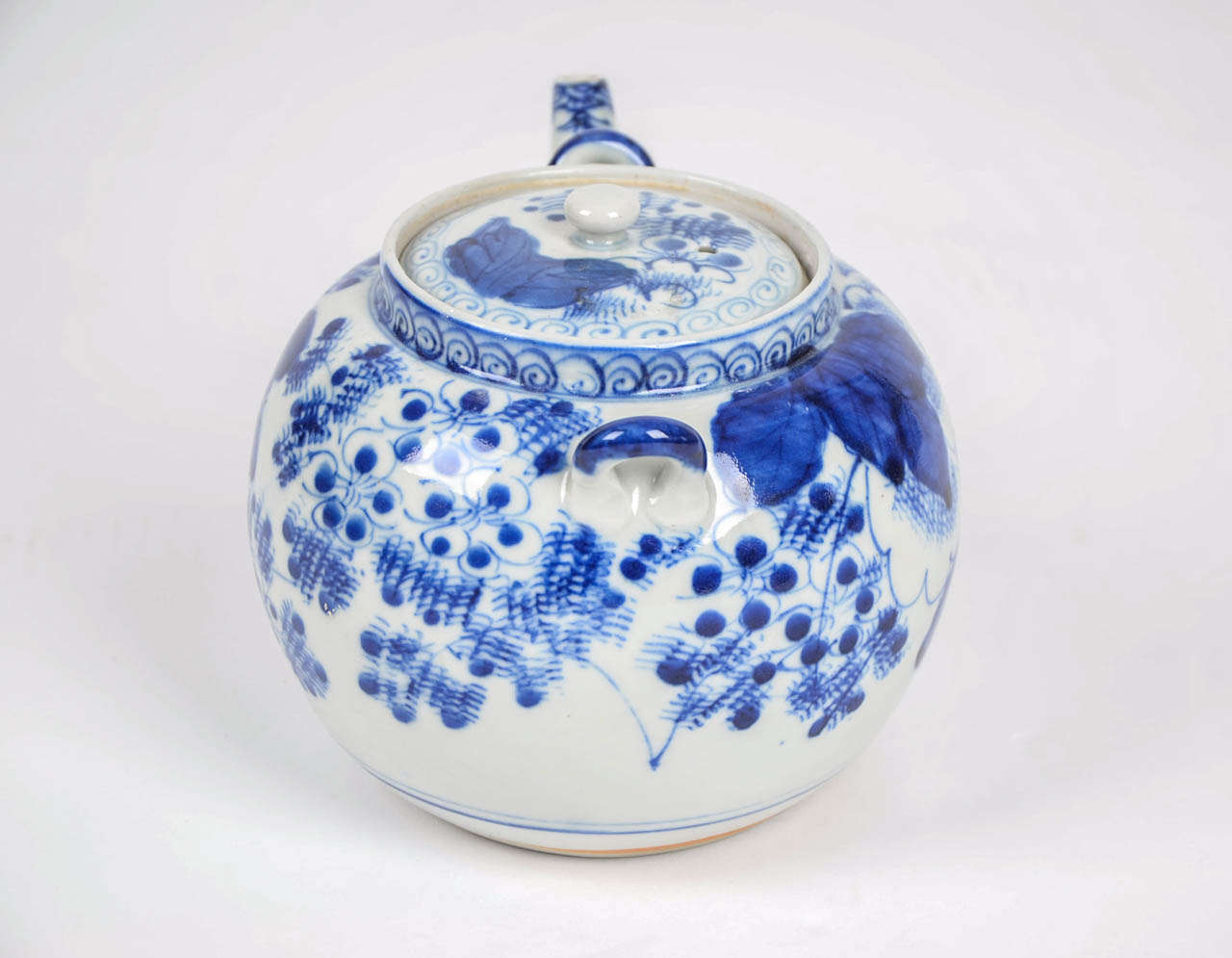 Chinese Ginger Jars 19thc Chinese Blue And White Teapot Porcelain At 1stdibs