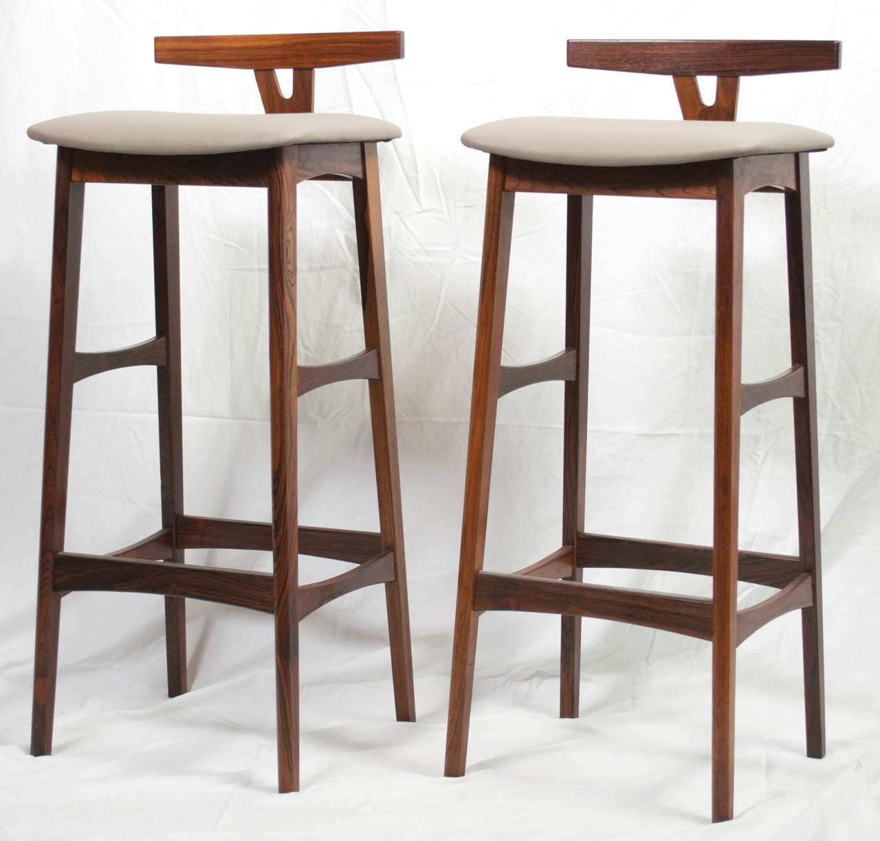 pair of rosewood danish modern barstools by dyrlund at stdibs - pair of rosewood danish modern barstools by dyrlund