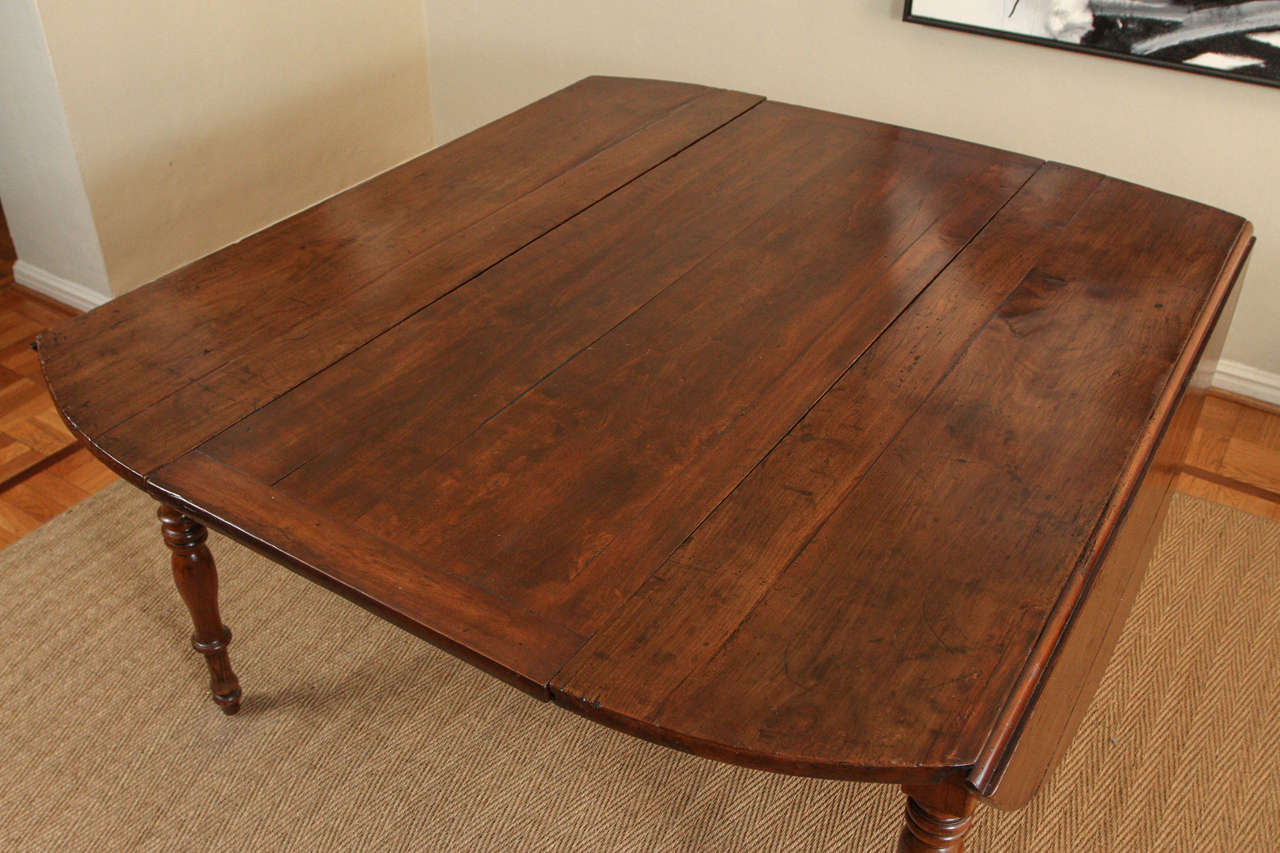 Rare English Oval Rectory Dining Table For Sale 3