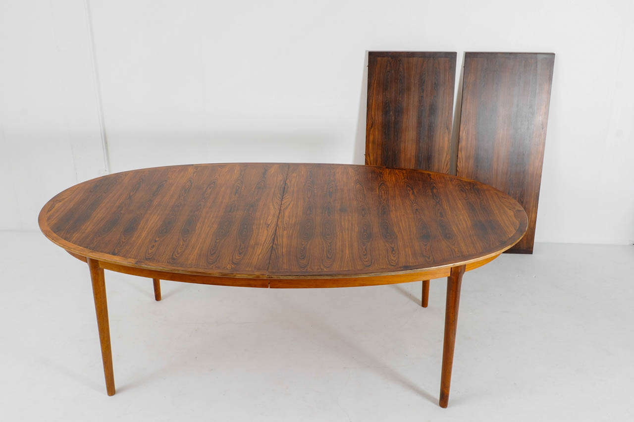Rosewood Dining Table and Eight Chairs Model quotDarbyquot by  : DSC8422 from 1stdibs.com size 1280 x 852 jpeg 61kB