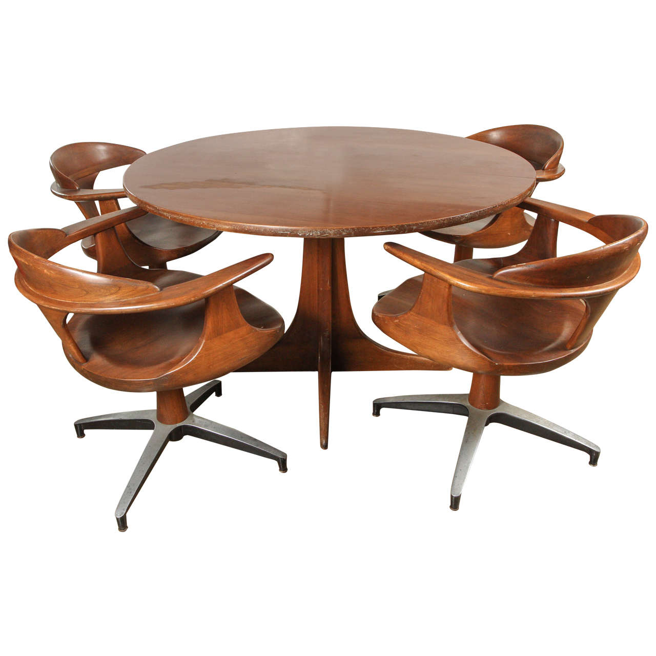 - Heywood Wakefield Dining Table With Four Captain Chairs At 1stdibs