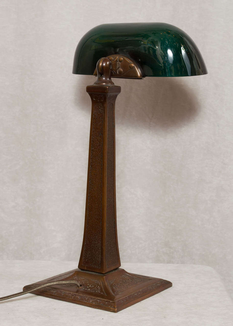 Banker S Desk Lamp With Green Shade By Aladdin At 1stdibs