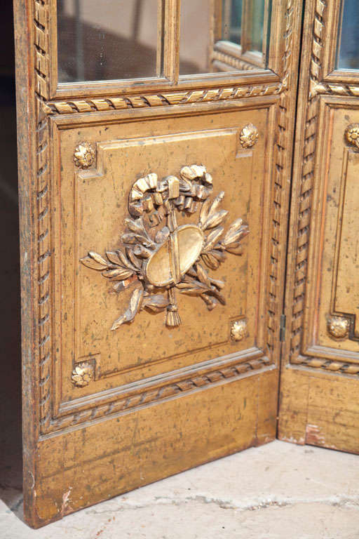 Gilt Mirrored Back Three-Panel Louis XVI Style Folding Screen Gilt Gold Finish In Good Condition For Sale In Stamford, CT