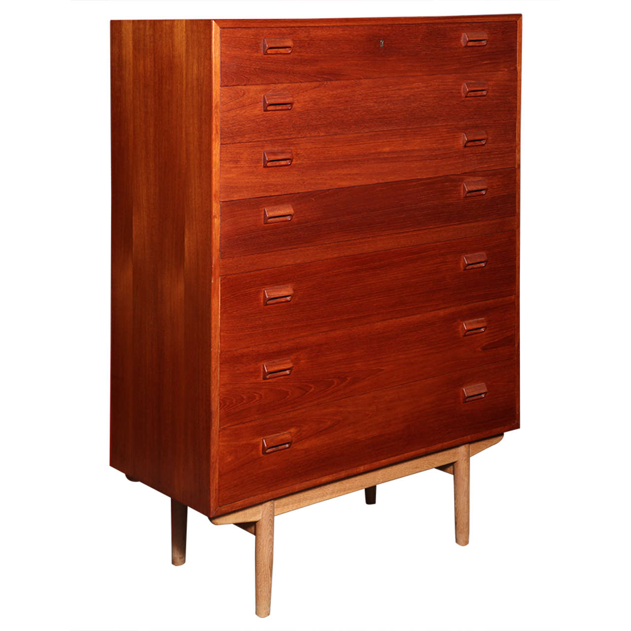 Mirrored Bedroom Chest Of Drawers Images The Luxurious