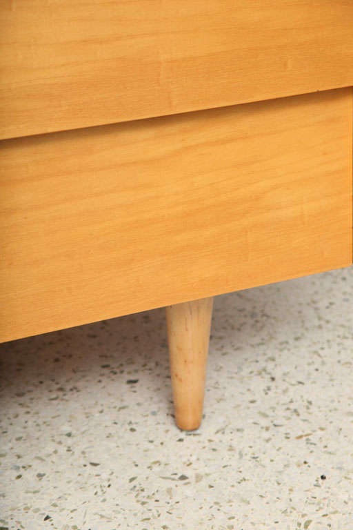 Pair of Florence Knoll Four-Drawer Chests 5