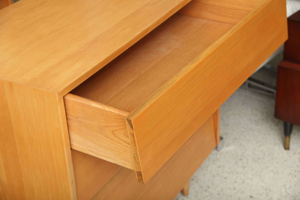 Pair of Florence Knoll Four-Drawer Chests 7