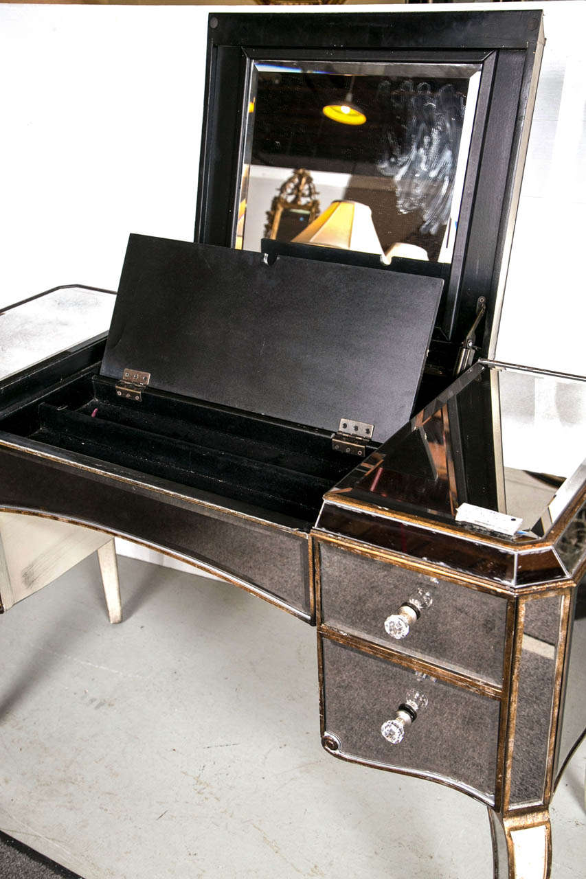 Hollywood Regency Style Mirrored Vanity At 1stdibs