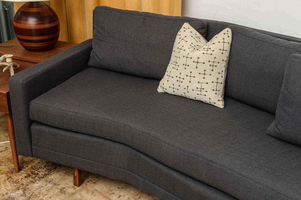 Paul mccobb sleek mid century modern vintage sectional for Vintage mid century modern sectional sofa