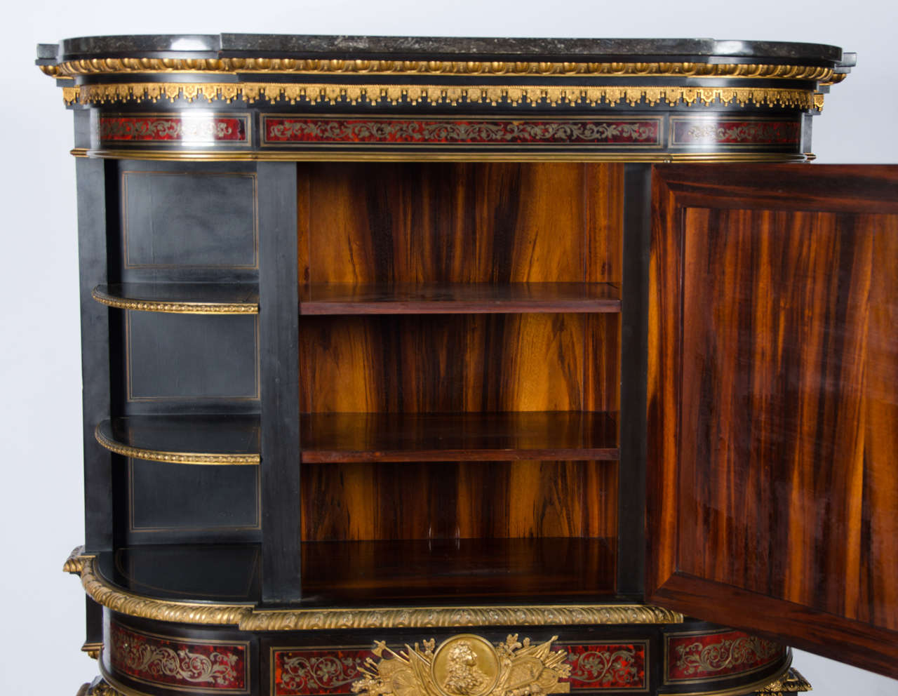 Fine Quality Antique Boulle Style Side Cabinet In Excellent Condition For Sale In Brighton, Sussex