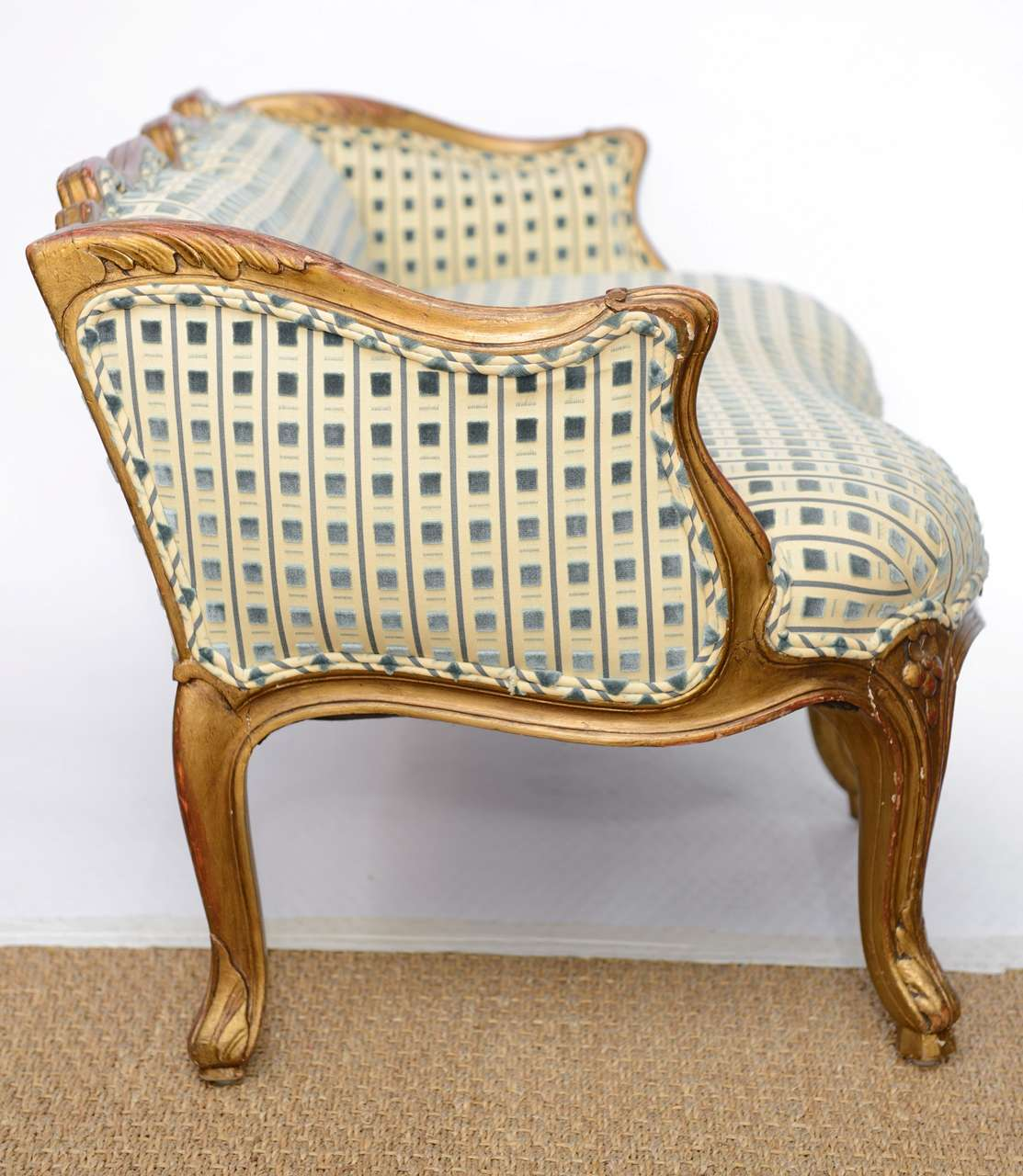 Late 19th Century Louis XV Style Miniature Sofa For Sale 2