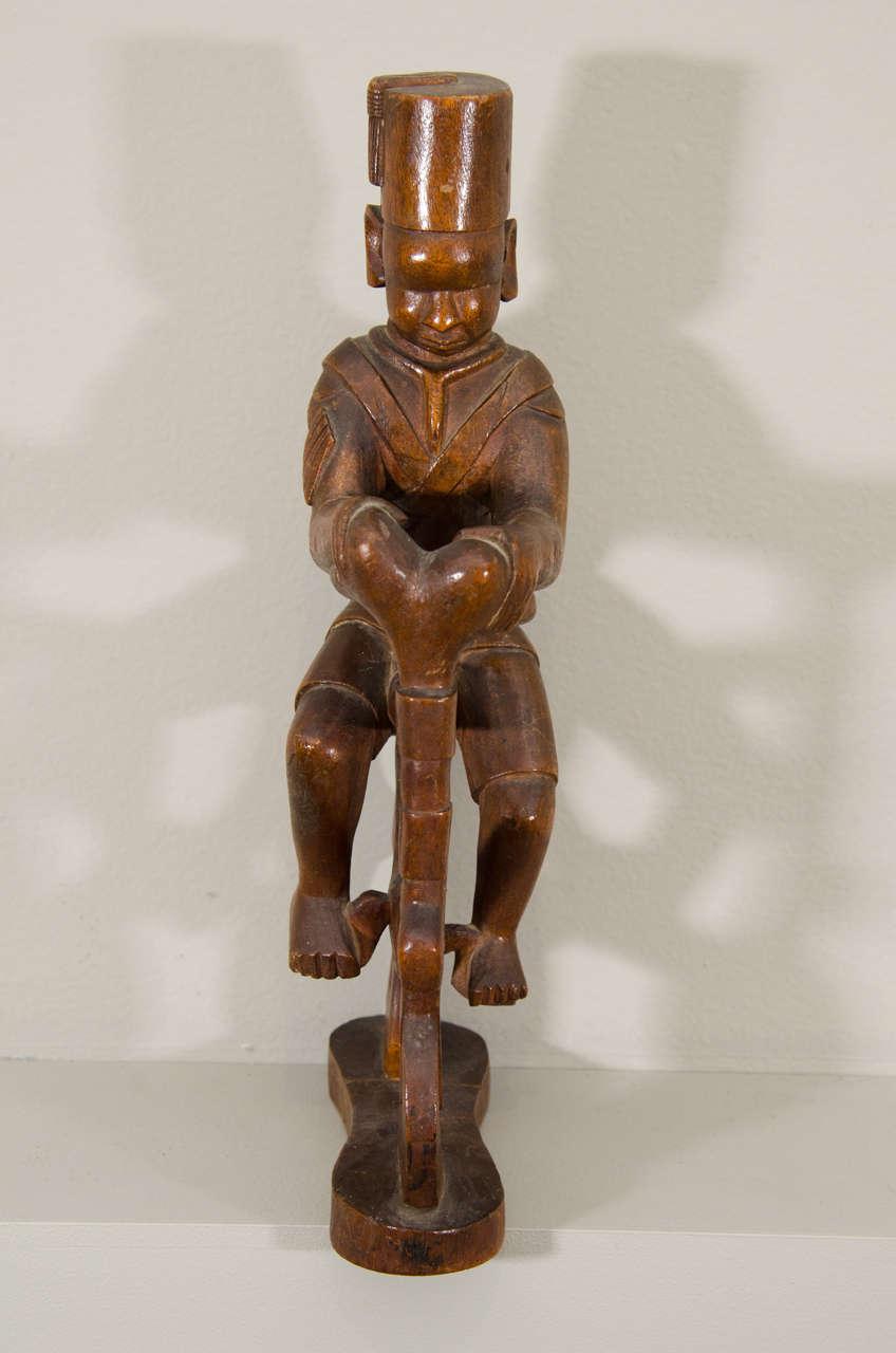 Kenyan 20th Century Kamba Tribal Colonial Carving, Kenya For Sale