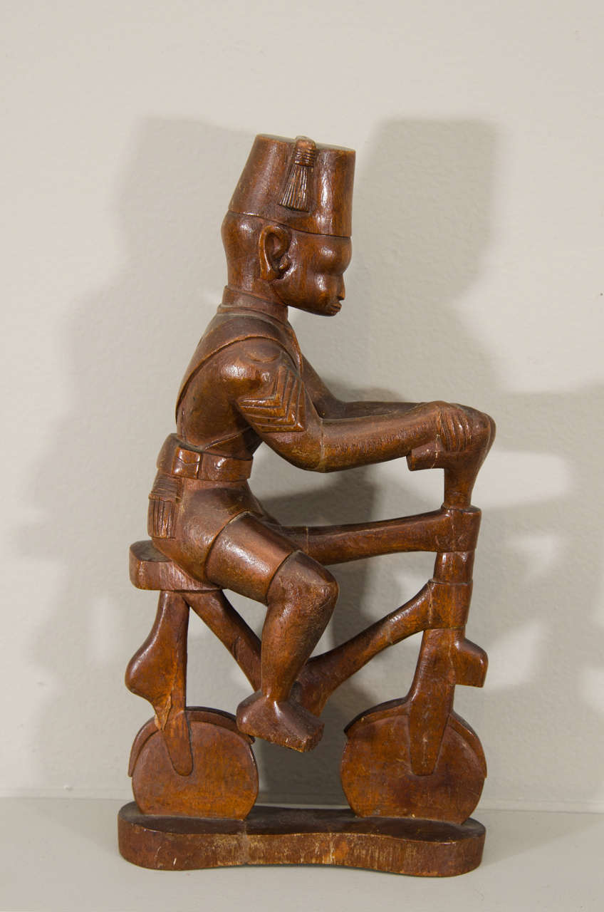 20th Century Kamba Tribal Colonial Carving, Kenya For Sale 4