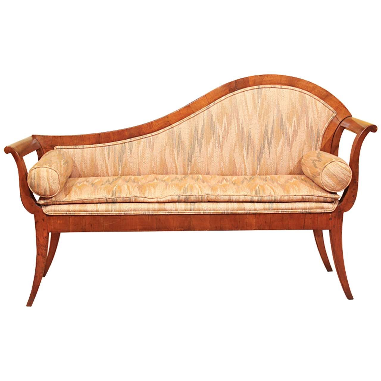 Biedermeier walnut recamier or chaise longue at 1stdibs for Chaise longue plastique