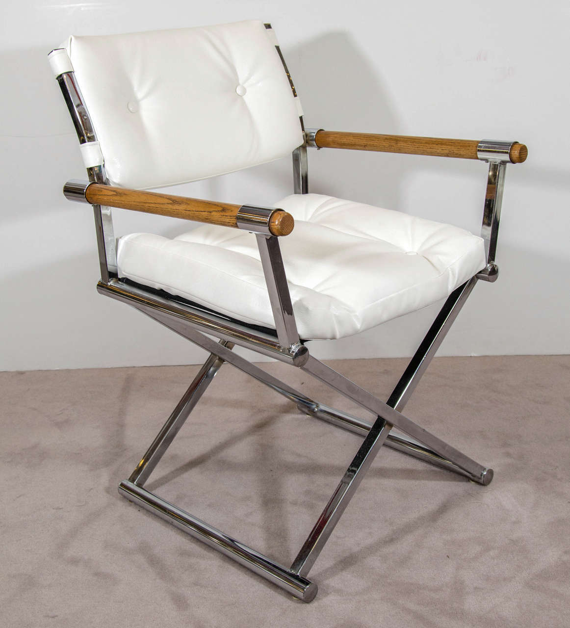 Marvelous A Vintage Pair Of Directoru0027s Chairs In White Leather With A Chrome X Base  Frame