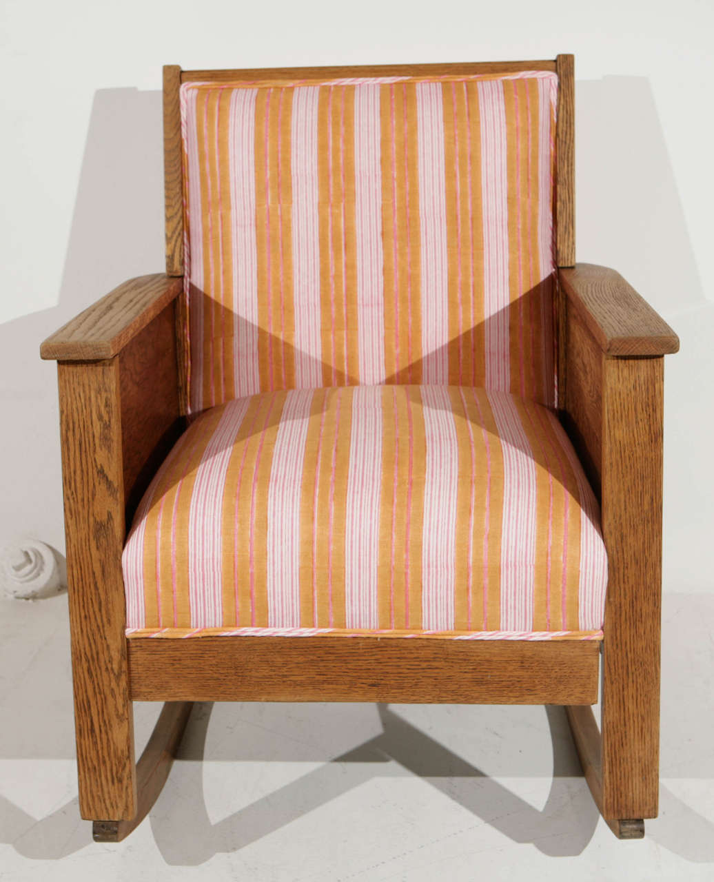 ... Century American Craftsman Mission Style Oak Rocking Chair at 1stdibs