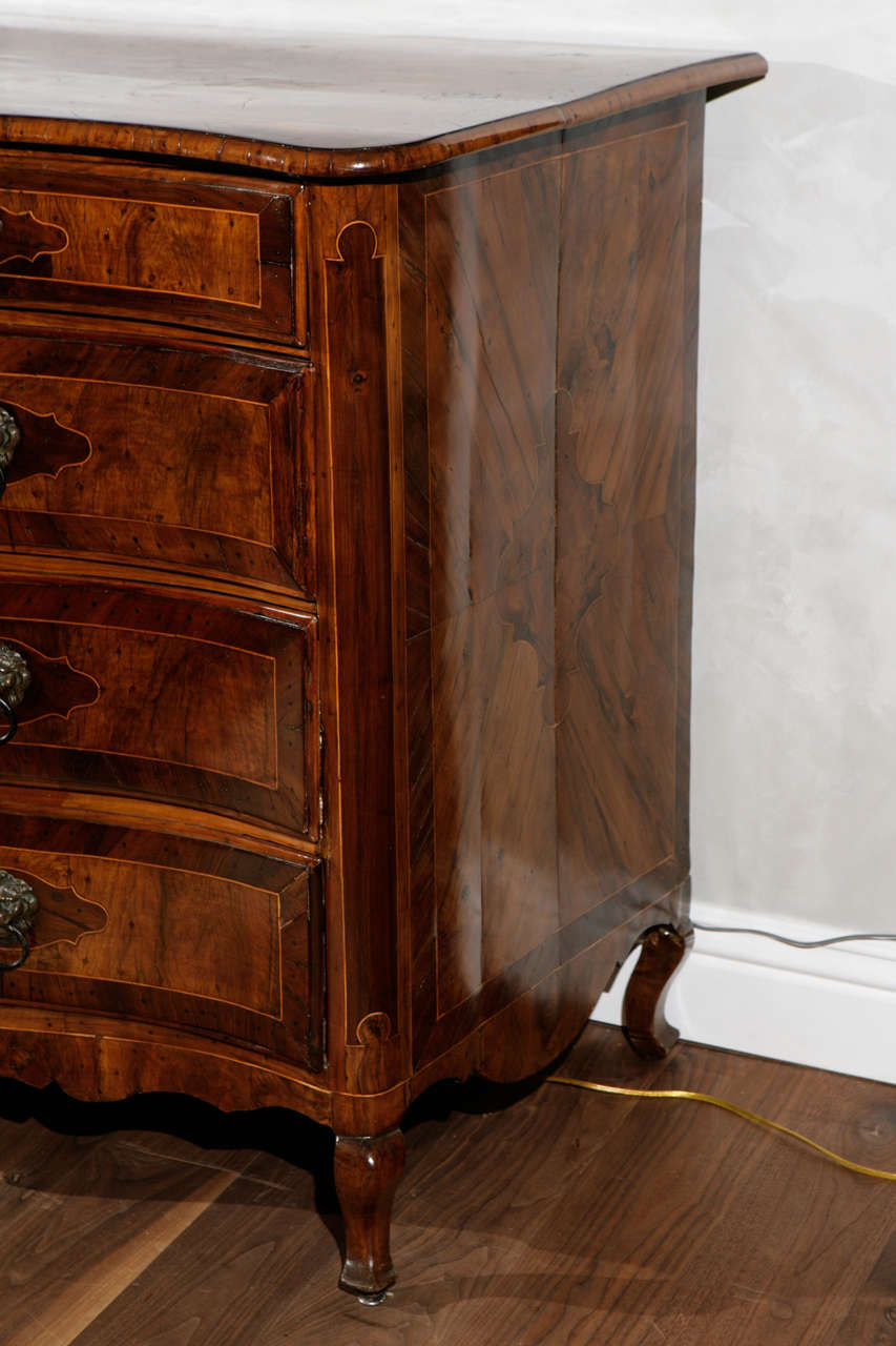 18th Century and Earlier 18th Century Italian Four Drawer Serpentine Front Commode For Sale