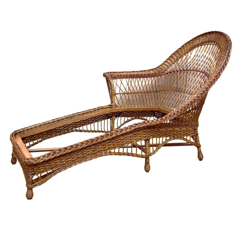 Paine furniture co wicker chaise at 1stdibs for Antique wicker chaise