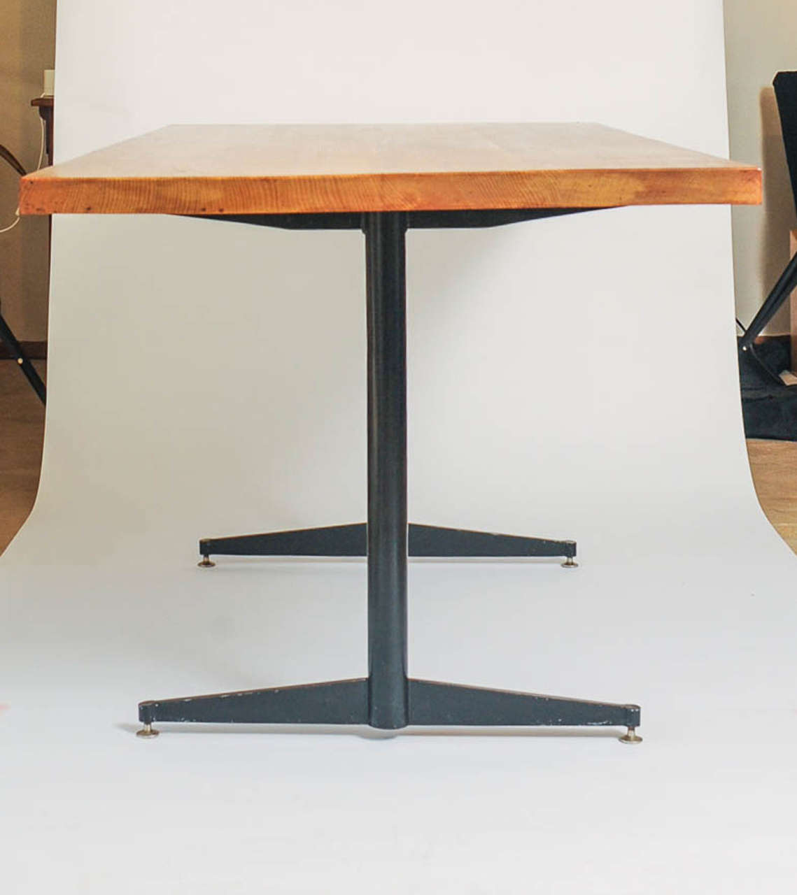 Eames Style Dining Table Made of Solid Oak and Black Steel  : DSC0913 from www.1stdibs.com size 1139 x 1280 jpeg 53kB