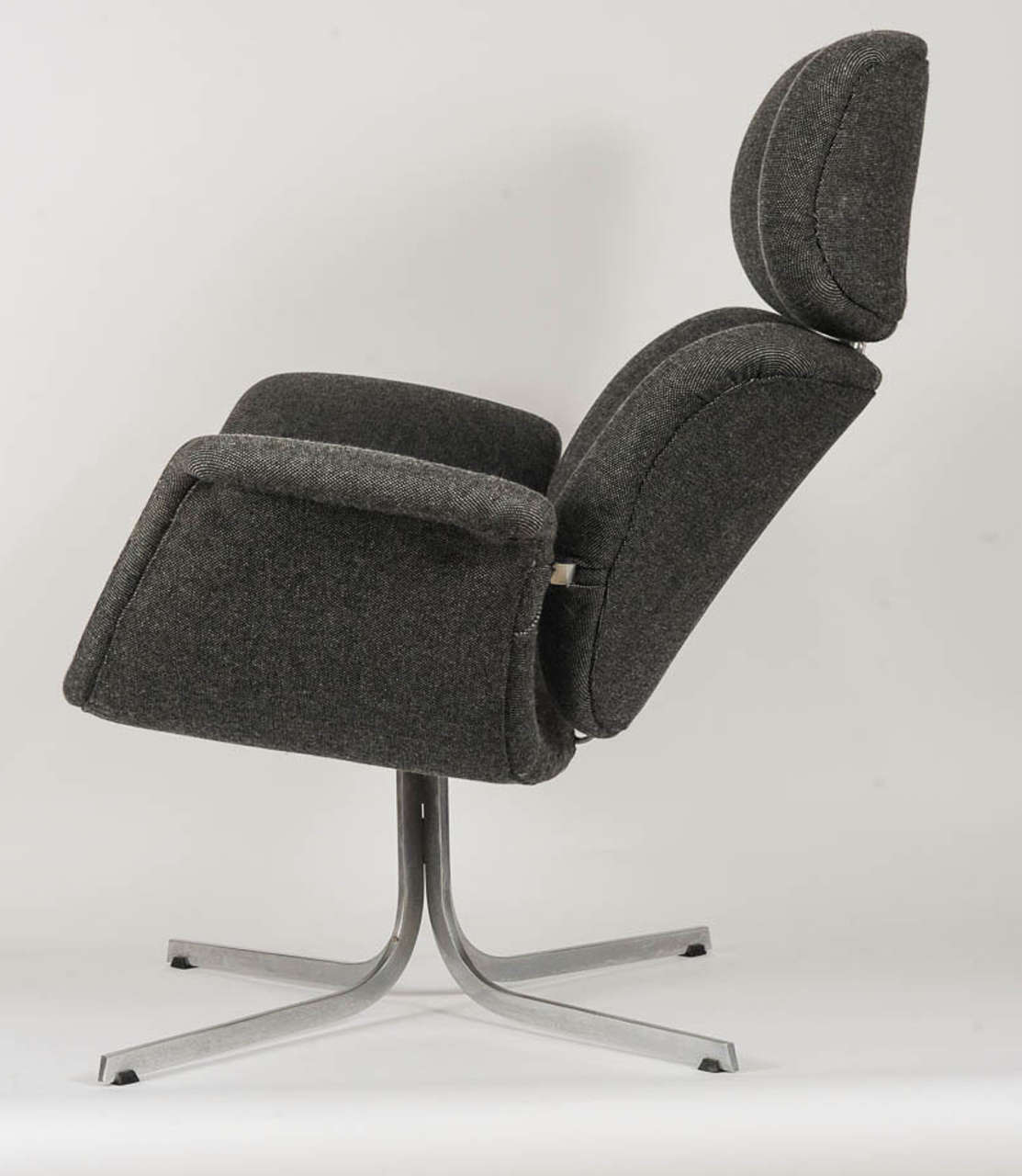 Big Tulip Lounge Chair By Pierre Paulin For Artifort At