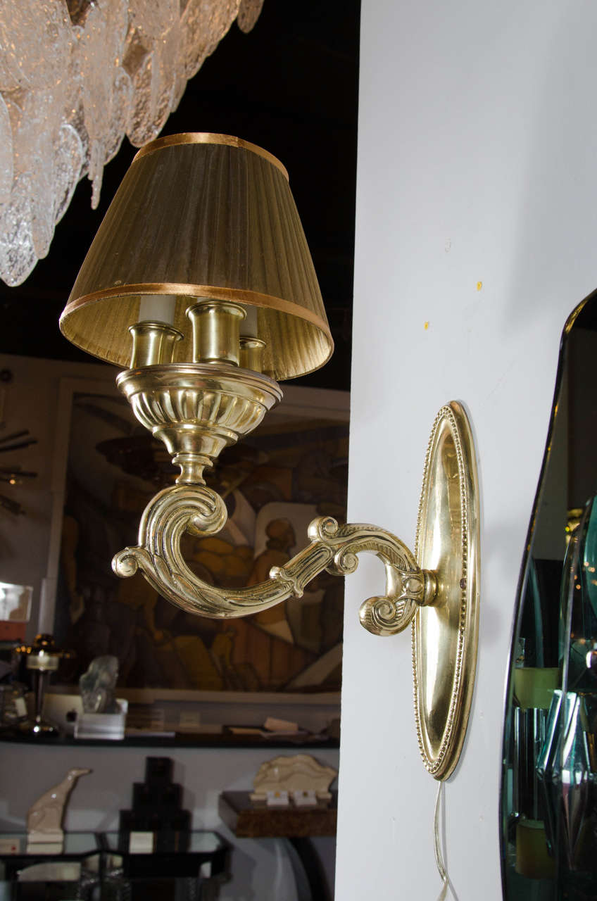Elegant 1940s Hollywood Regency Scroll Design Brass Wall Sconce at 1stdibs