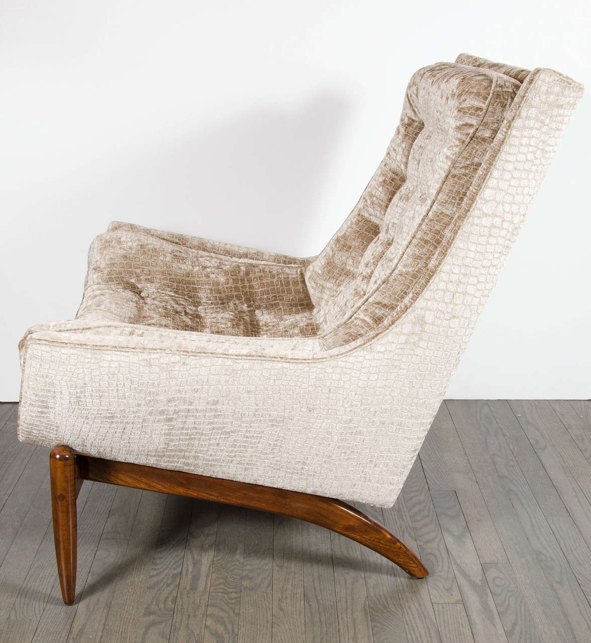 Mid Century Modernist Floating Design Lounge Chair in Smoked Tobacco Crocodil
