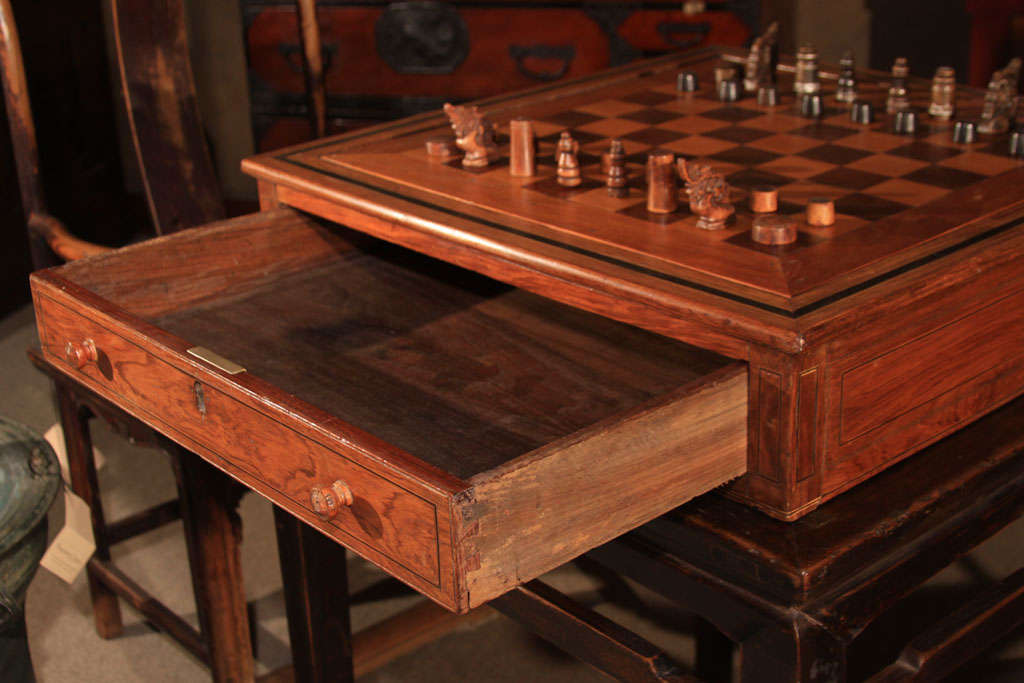 Large Philippine Moro Chess Set And Game Box At 1stdibs