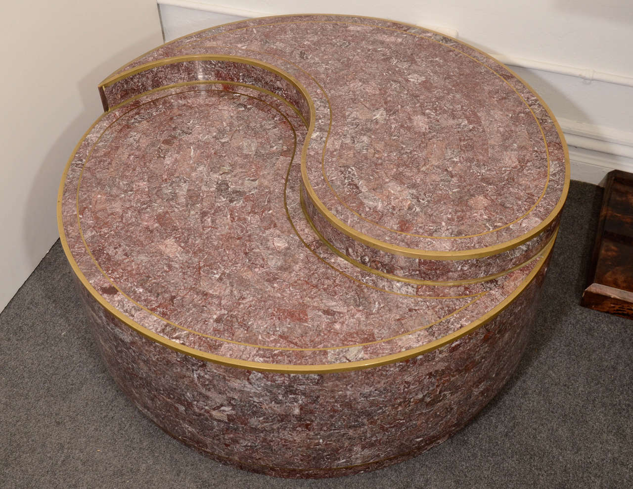 American Mid Century Tessellated Stone Circular Coffee Table by Maitland-Smith For Sale