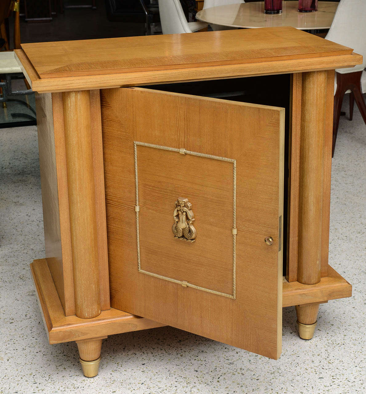 French Modern Sycamore and Bronze-Mounted Bar Cabinet by Maison Mercier Freres For Sale 1