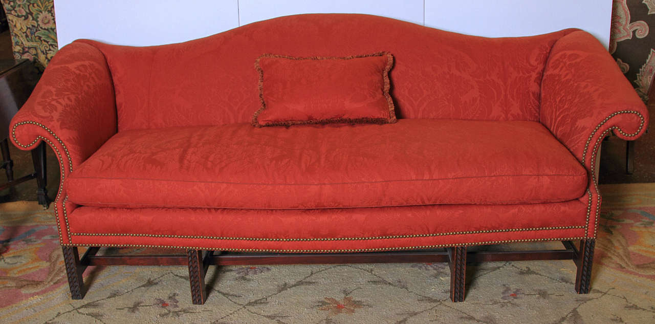English Chippendale Style Camel Back Sofa In Good Condition For Sale In Dallas, TX