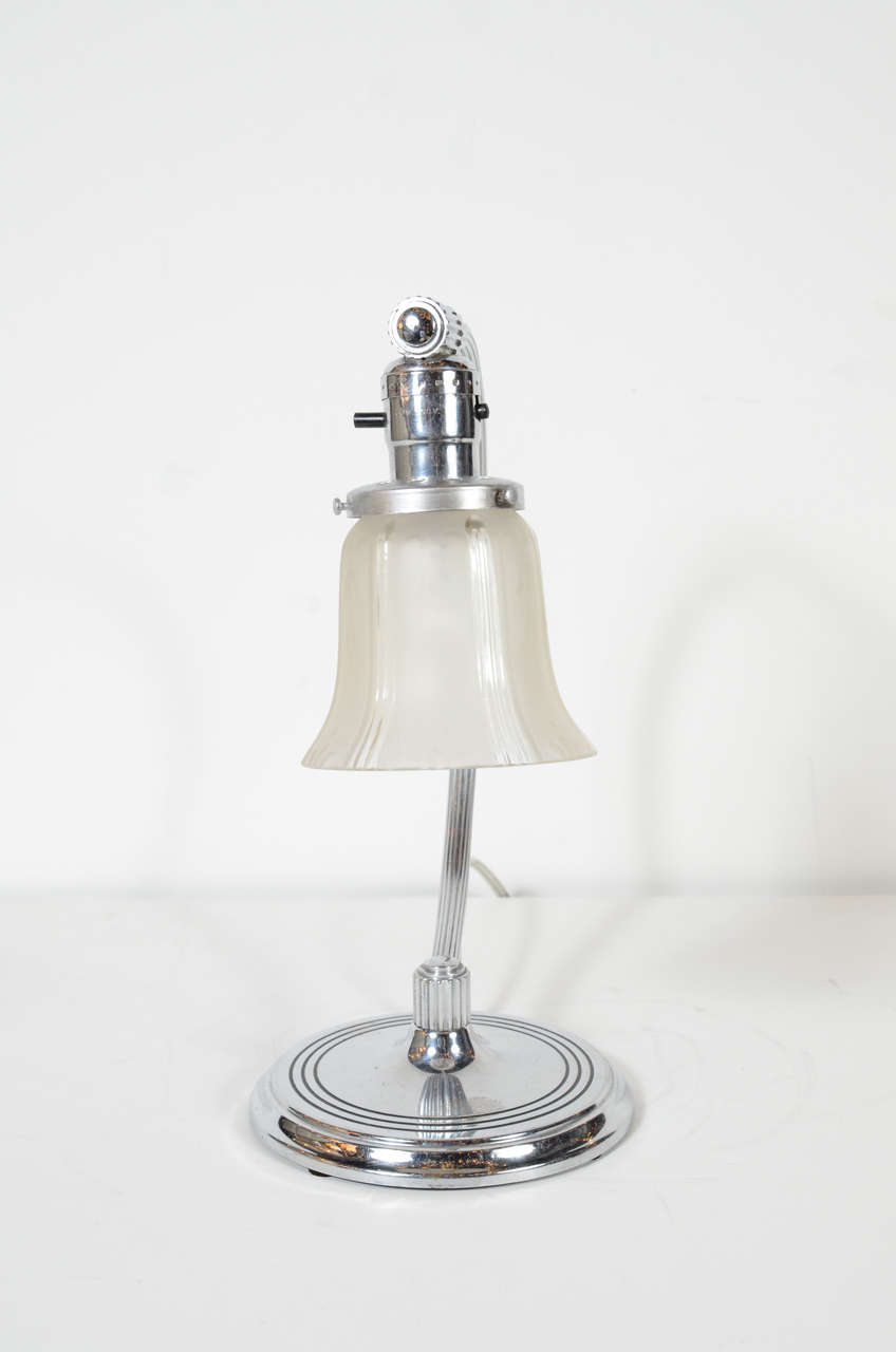 Mid-20th Century Art Deco Machine Age Frosted Glass and Chrome Table Lamp For Sale