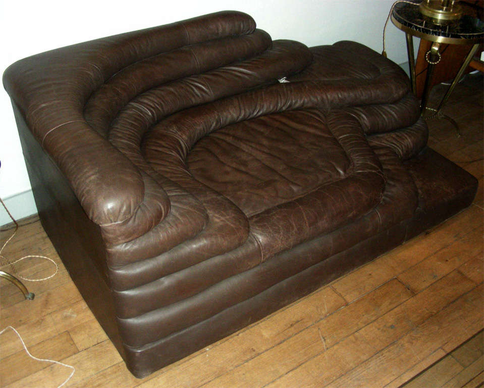 Attractive Swiss 1970s Leather Sofa By Ubald Klug For De Sede For Sale