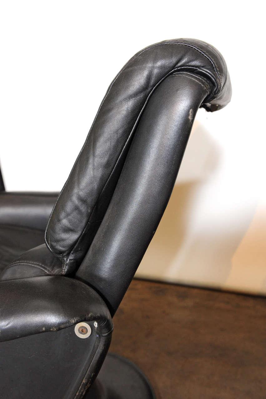 Yrjo Kukkapuro Swivel Chair Plus Ottoman For Sale At 1stdibs