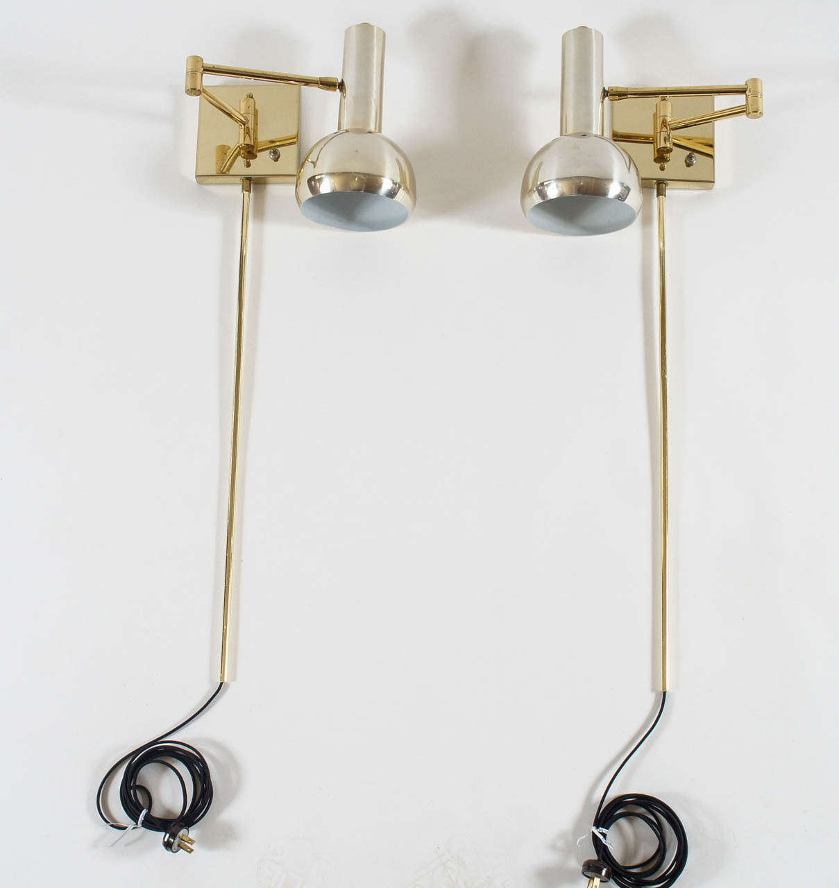 Wall Lamps Swing Arm Brass : Vintage Brass Swing-Arm Wall Mount Reading Lamps - Italy, c. 1970 at 1stdibs