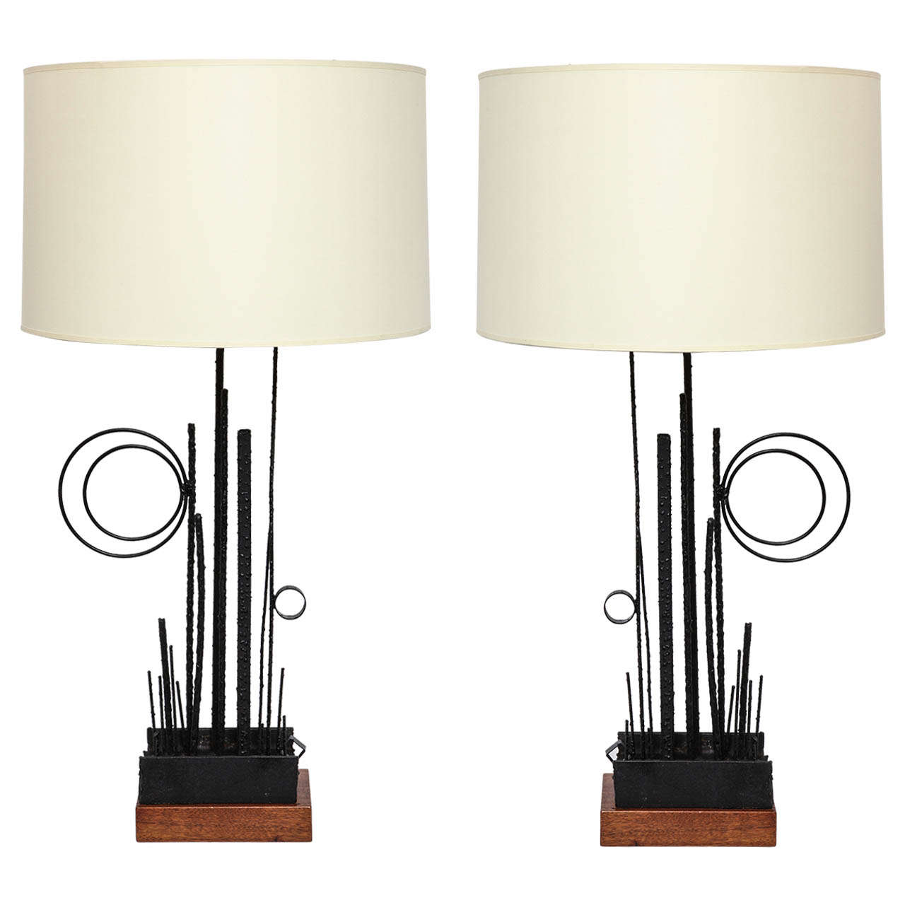 Pair of Italian 1950s Abstract Expressionist Hand-Wrought Iron Table Lamps