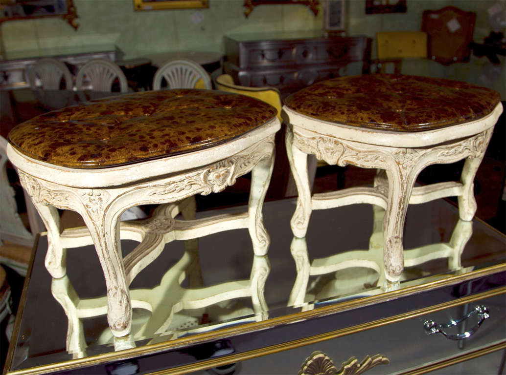 Wood Pair of French Louis XV Style Footstools For Sale