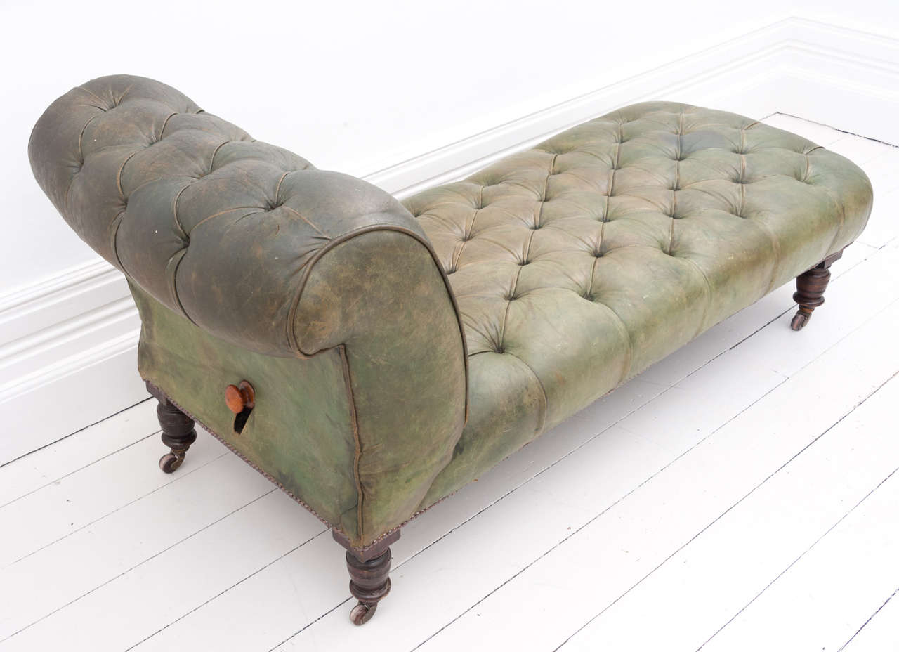 Victorian green leather drop end chaise longue daybed at for Chaise longue roche bobois
