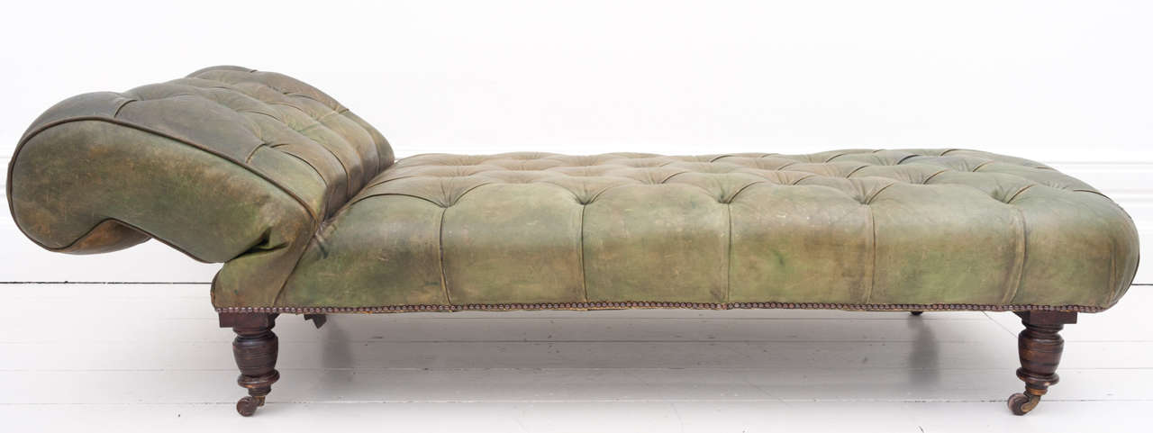 Victorian green leather drop end chaise longue daybed at for Chaise longue day bed