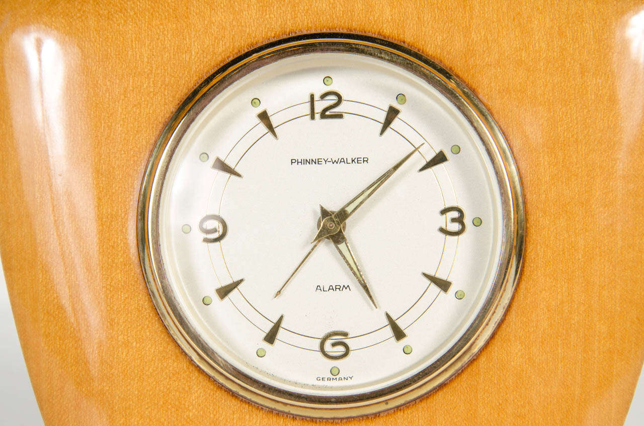 Mid-Century Modern Desk Clock In Excellent Condition In New York, NY