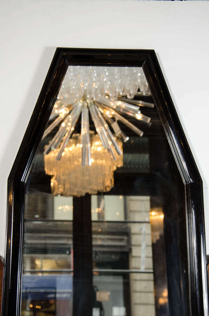 Mid-20th Century Stunning Art Deco Floor-Standing Vanity/Dressing Mirror in Burled Elm and Marble For Sale