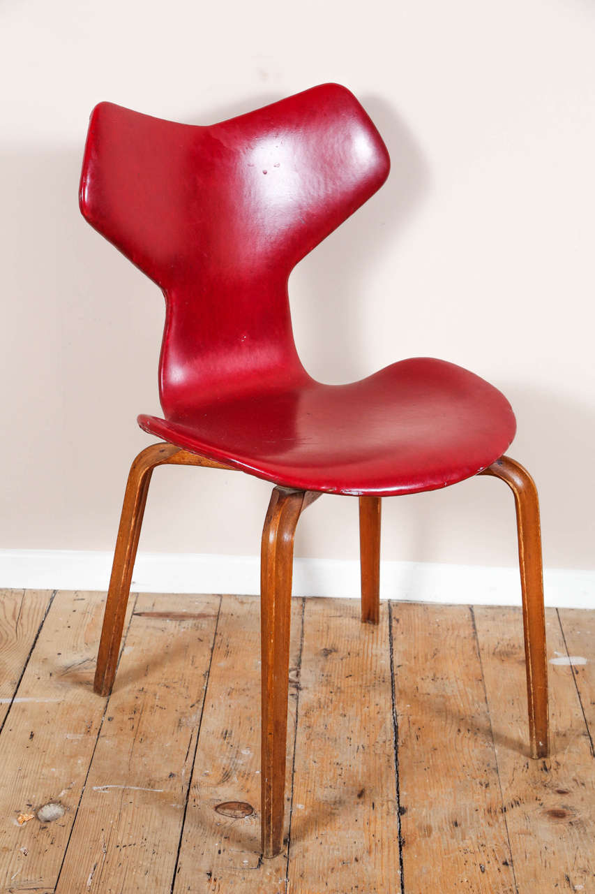 Grand prix chairs by arne jacobsen for sale at 1stdibs - Chaise grand prix jacobsen ...