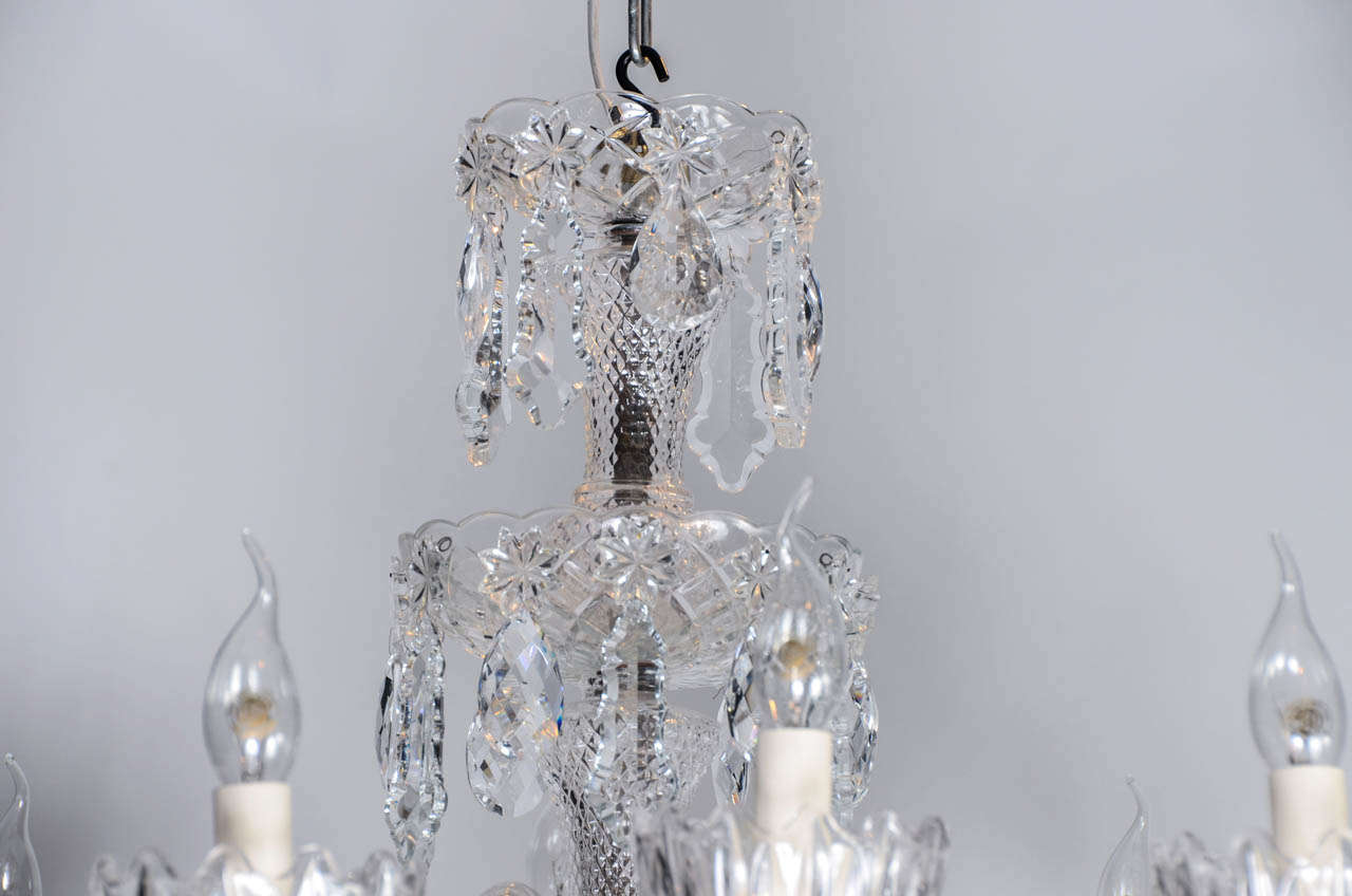 Short Italian Mid Century 12 lights all  Crystal Chandelier In Excellent Condition For Sale In Saint-Ouen, FR