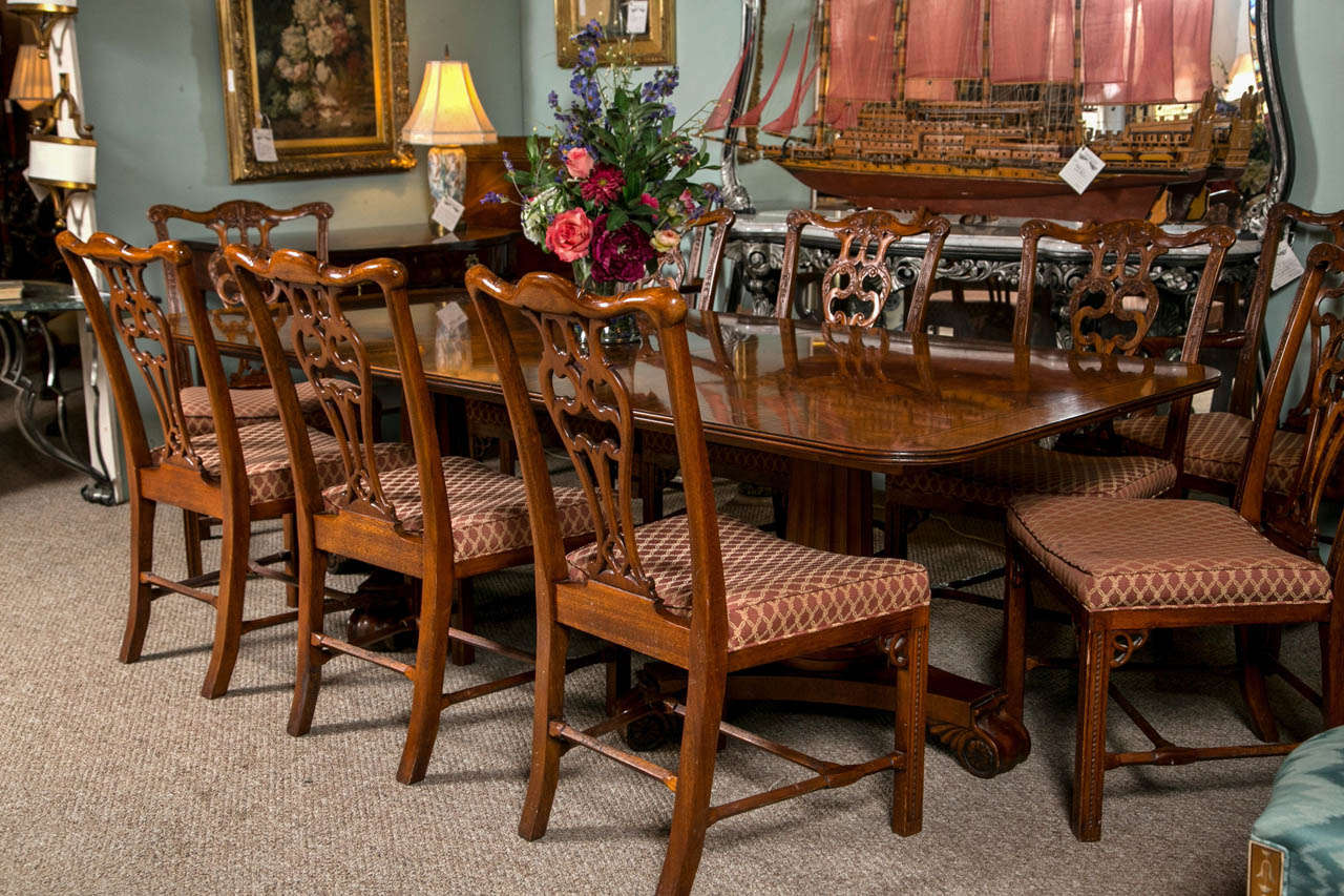 Henredon Banded Crotch Mahogany Dining Table at 1stdibs