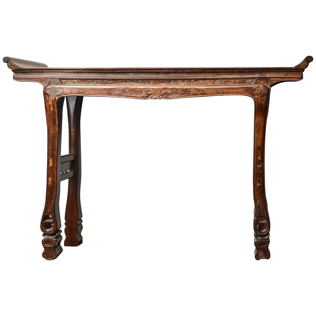 Q'ing Dynasty Chinese Southern Elm Scrolled Top Altar Table