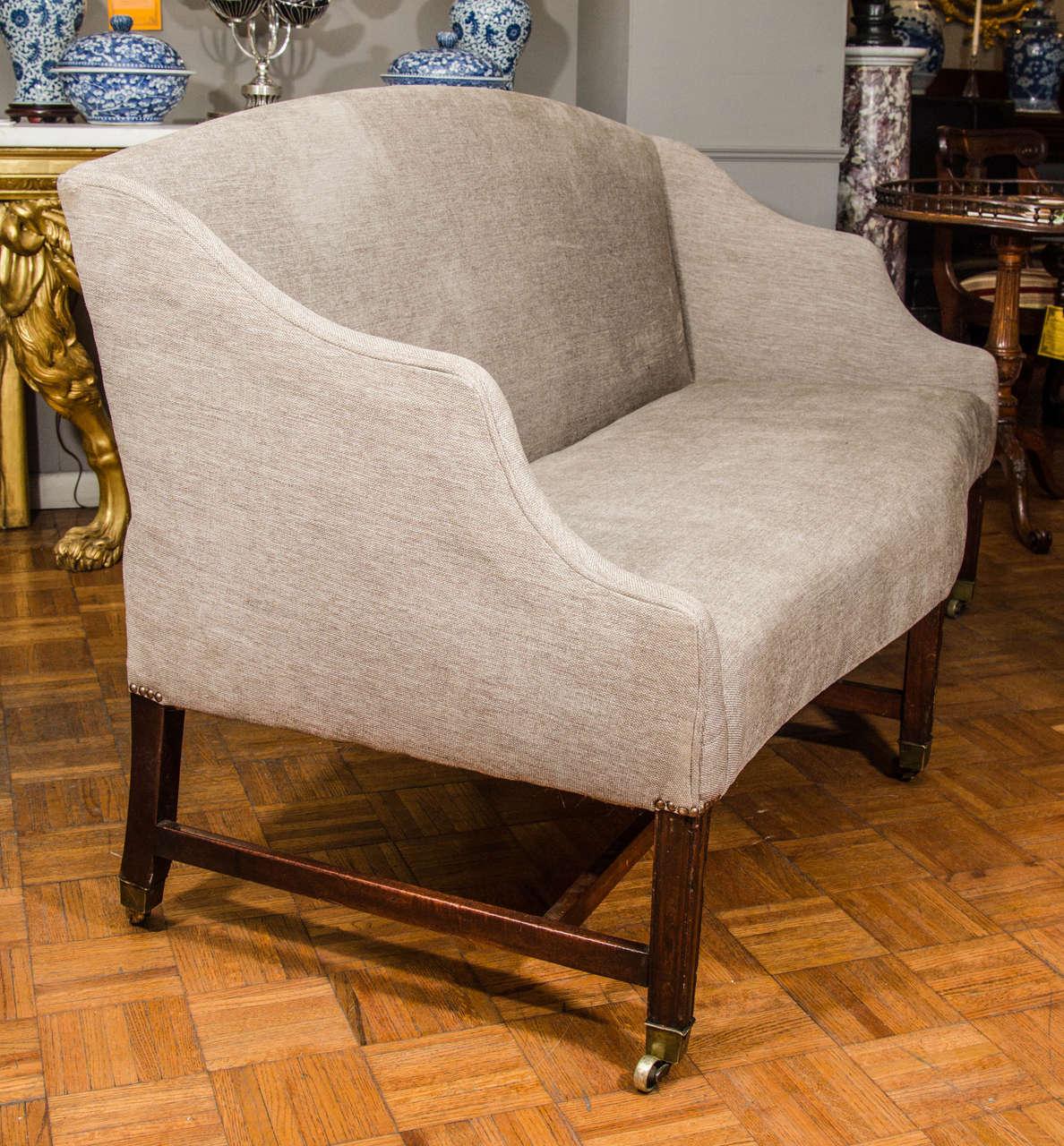 19th Century Hepplewhite Sofa For Sale 2