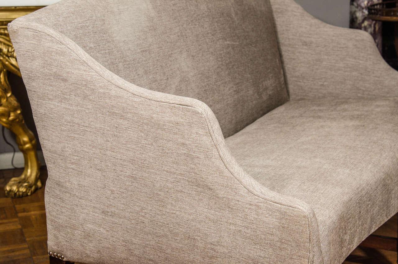 19th Century Hepplewhite Sofa For Sale 3